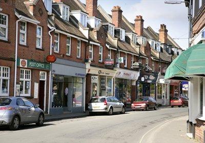 Brockenhurst High Street. Copyright: New Forest District Council