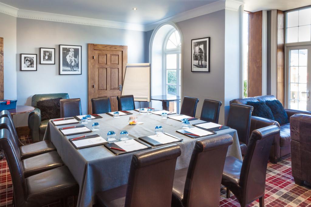 Club-room-Meeting-Room-1024x682.jpg